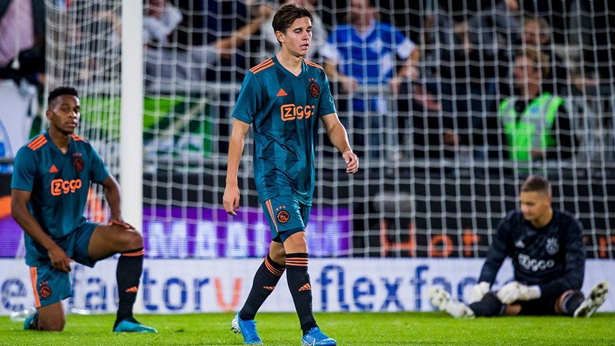 eiting-returns-castillo-makes-debut-as-ajax-reserves-are-defeated