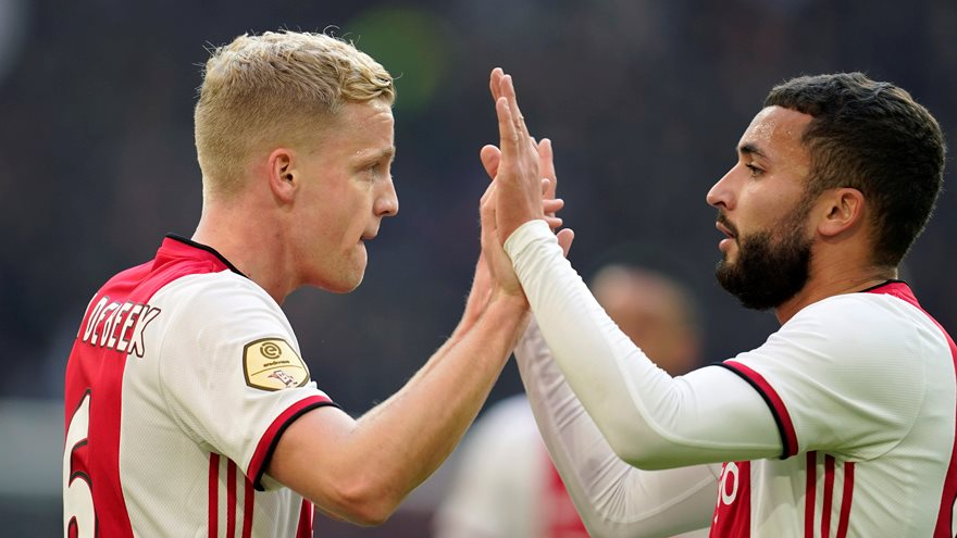 superior-ajax-posts-big-win-against-fc-utrecht-